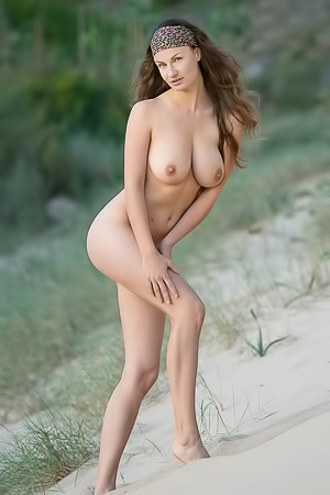 Susan Naked Beauty From Femjoy.com