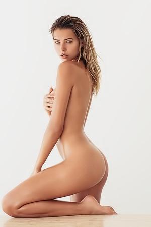 Sandra kubicka naked