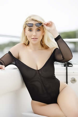 Blake Blossom shows her amazing breasts on a boat