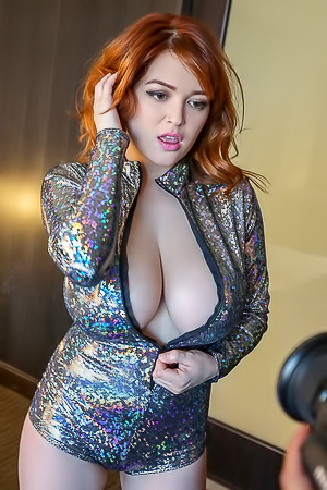 Tessa Fowler Take Off Her Sparkle Jumpsuit To Show Huge Perky Tits